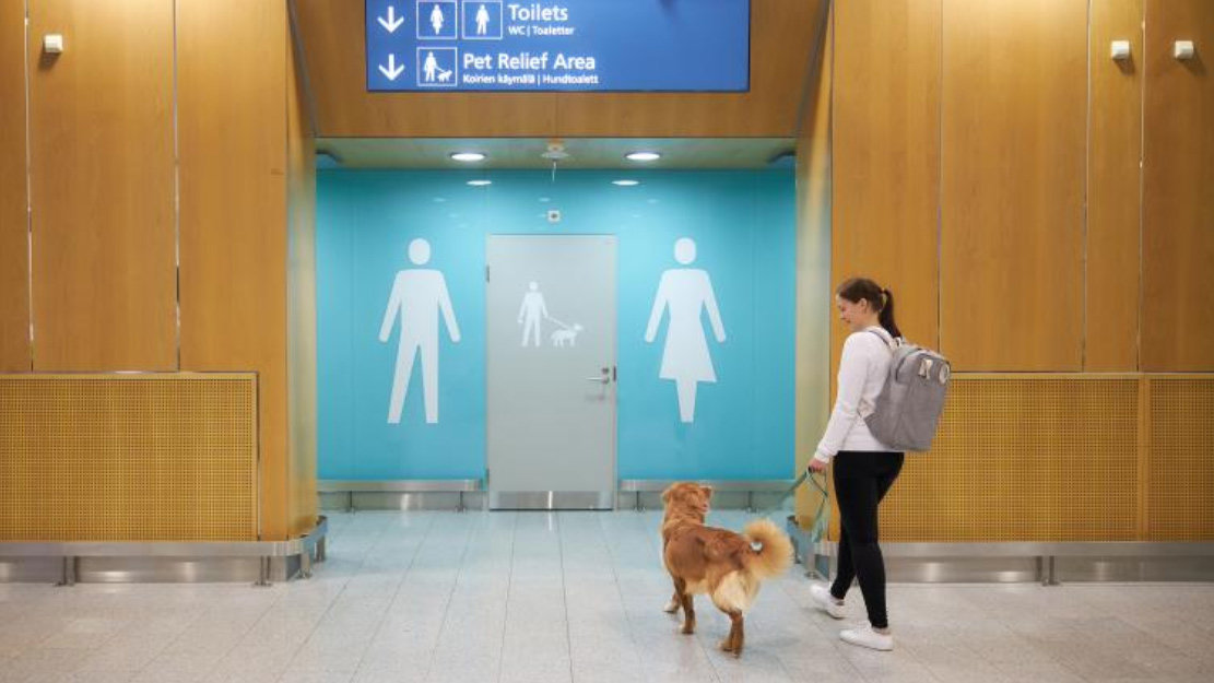 Toilet-pets-relief-area-dogs-3-by-Finavia