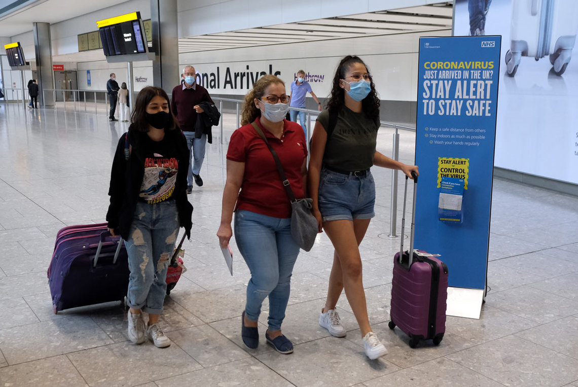 England, London: Passengers on a flight from Madrid arrive at Heathrow Airport, following an announcement on Saturday that holidaymakers who had not returned from Spain and its islands by midnight would be forced to quarantine for 14 days. Photo: Andrew Matthews/dpa.
