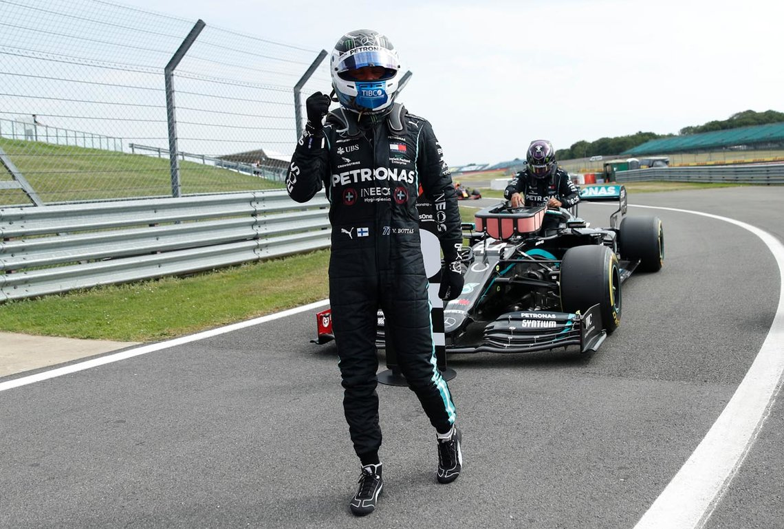 08 August 2020, England, Northampton: Finnish Formula One driver Valtteri Bottas of Mercedes-AMG Petronas, celebrates after the qualifying of the 70th Anniversary Formula One Grand Prix at Silverstone race Circuit. Photo: Andrew Boyers/dpa.