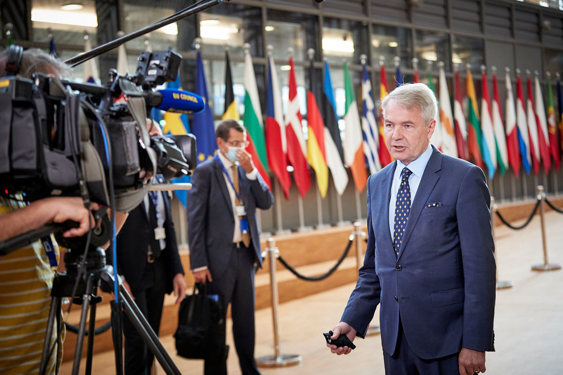 HANDOUT - 21 September 2020, Belgium, Brussels: Finnish Foreign Affairs Minister Pekka Haavisto speaks to media ahead of the EU Foreign Affairs Council meeting. Photo: Mario Salerno/European Council/dpa.