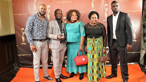 Diaspora Glitz magazine wins Best Media at Afro Finns Awards
