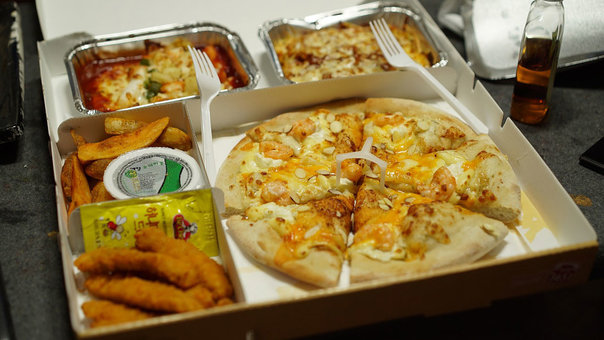 Tax authority allows temporary use of meal benefit for home delivery costs