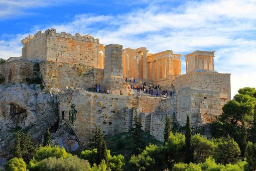 'Unique opportunity' to visit empty Acropolis during pandemic