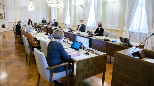 Sanna Marin's cabinet, during their meeting on Monday. Photo: Lauri Heikkinen/Vnk.