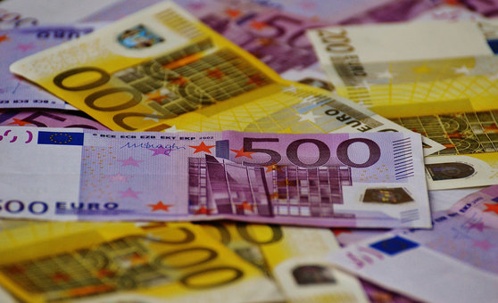 Euro banknotes money. Photo: Pixabay