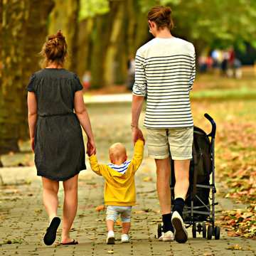 Traditional families continue to lose ground in Finland