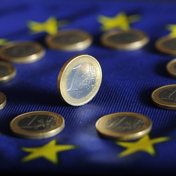 Eurozone GDP plummets by record 12.1% in second quarter