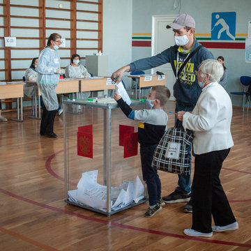 Russians vote in local polls in test of Putin-loyal party's dominance