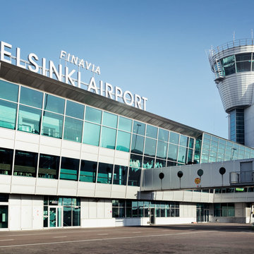 Helsinki airport and air traffic control tower. Photo: Finavia.