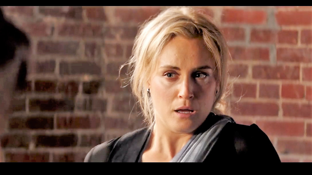 Taylor Schilling. Image: screenshot from the trailer of 'Take me', by Netflix.