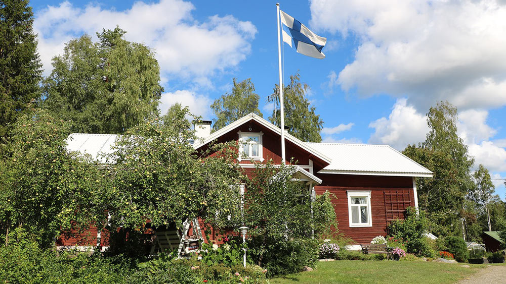 Finnish households spend half of their money on housing, transport and food