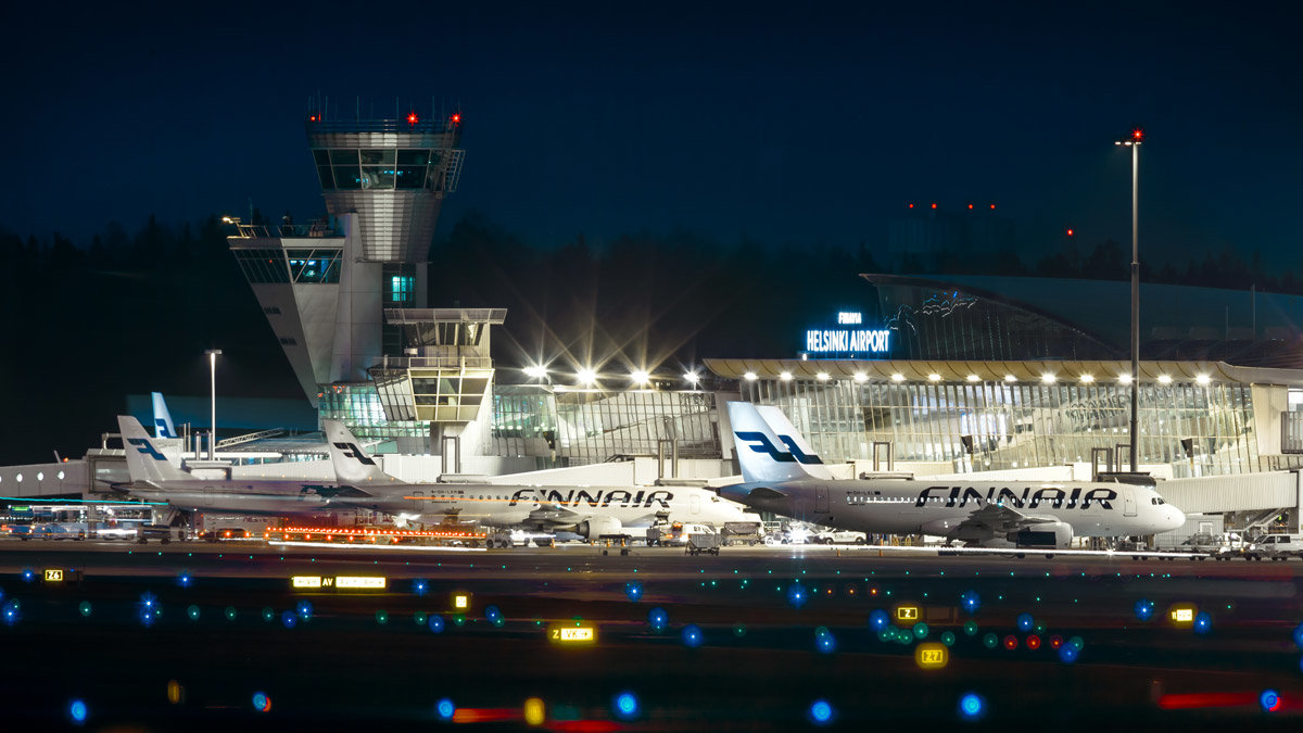 Helsinki Airport at night. Photo: Finavia.