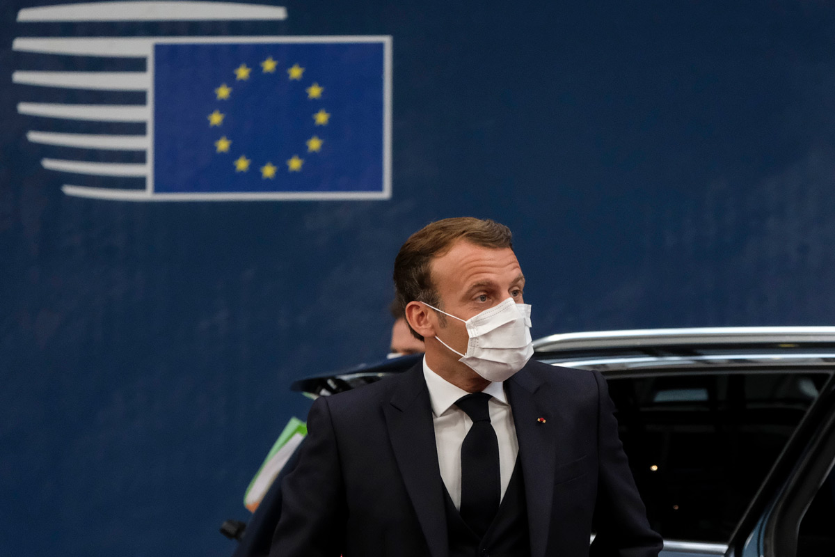 French President Emmanuel Macron wears a face mask at the European Council special summit. Photo: European Council/dpa.
