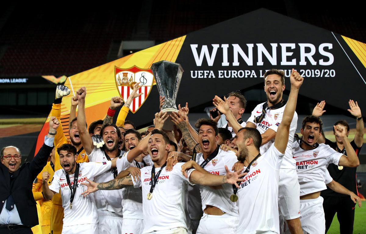 unfortunate lukaku wins europa league for sevilla unfortunate lukaku wins europa league for sevilla
